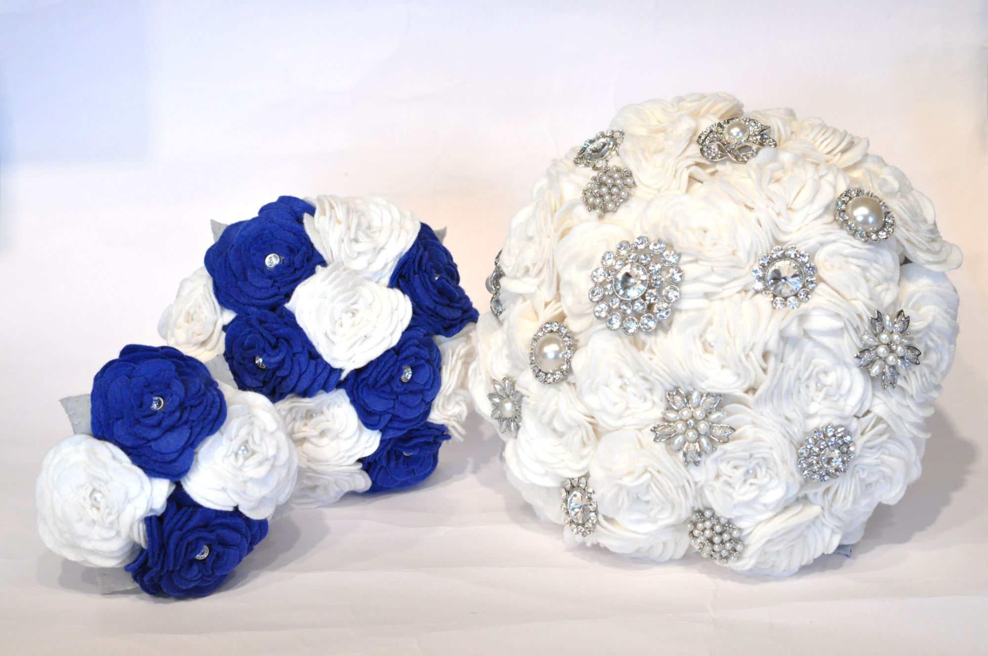 Brooch and felt bouquet (1).JPG