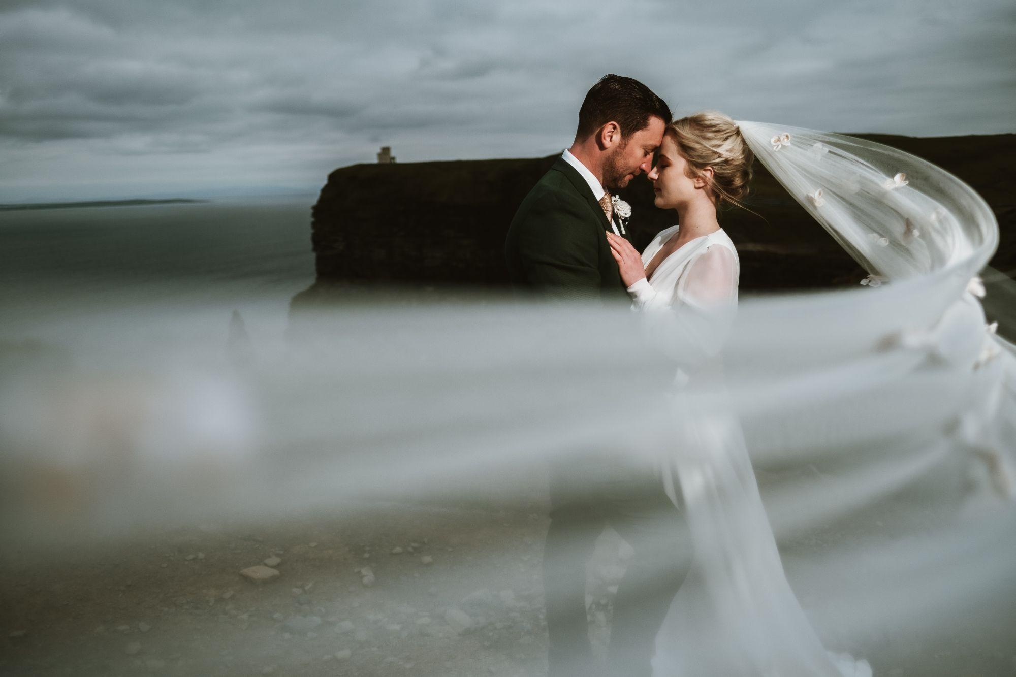elopment wedding inspiration