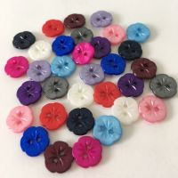 12mm Pearlescent Pansy Flower Buttons