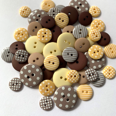 Coffee and Cream Button Mix - Mixed Buttons