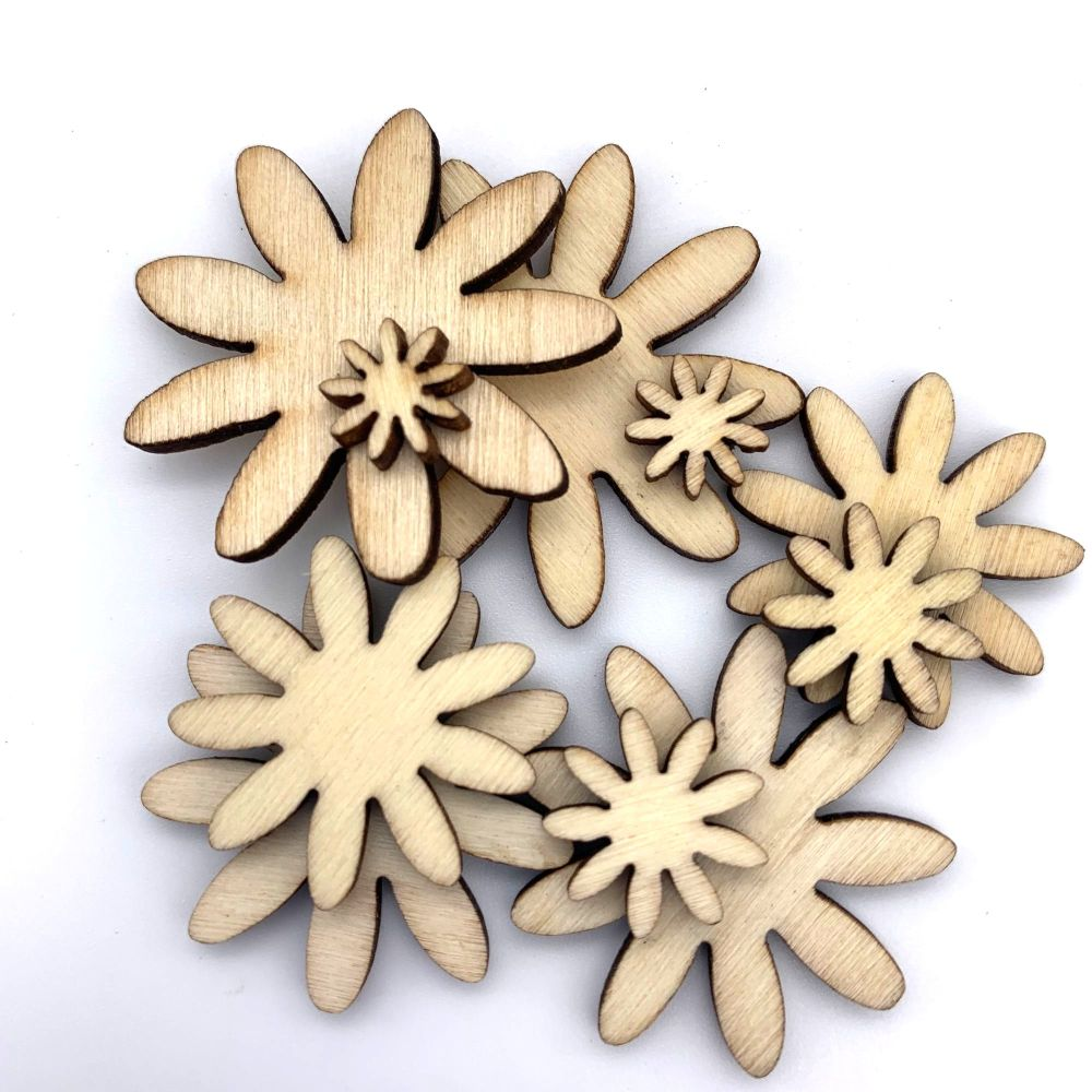 Mixed Wooden 9 Petal Daisies (10 pack)