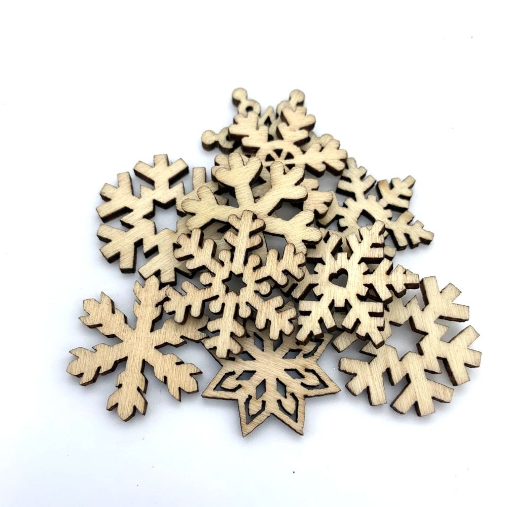 Mixed Wooden Christmas Snowflakes (10 pack)