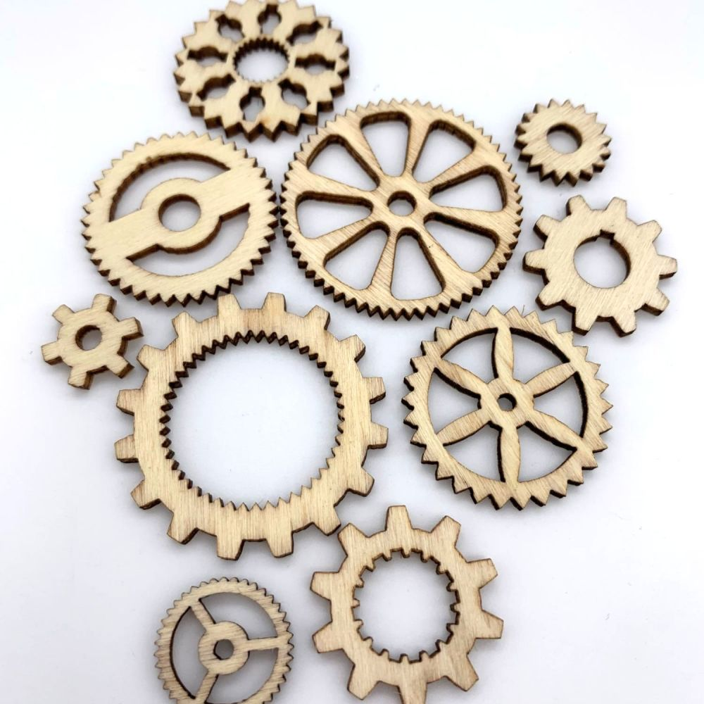 Mixed Wooden Steampunk Cogs / Gears (10 pack)