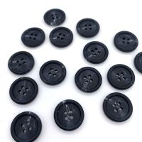 20mm Marbled Black Buttons