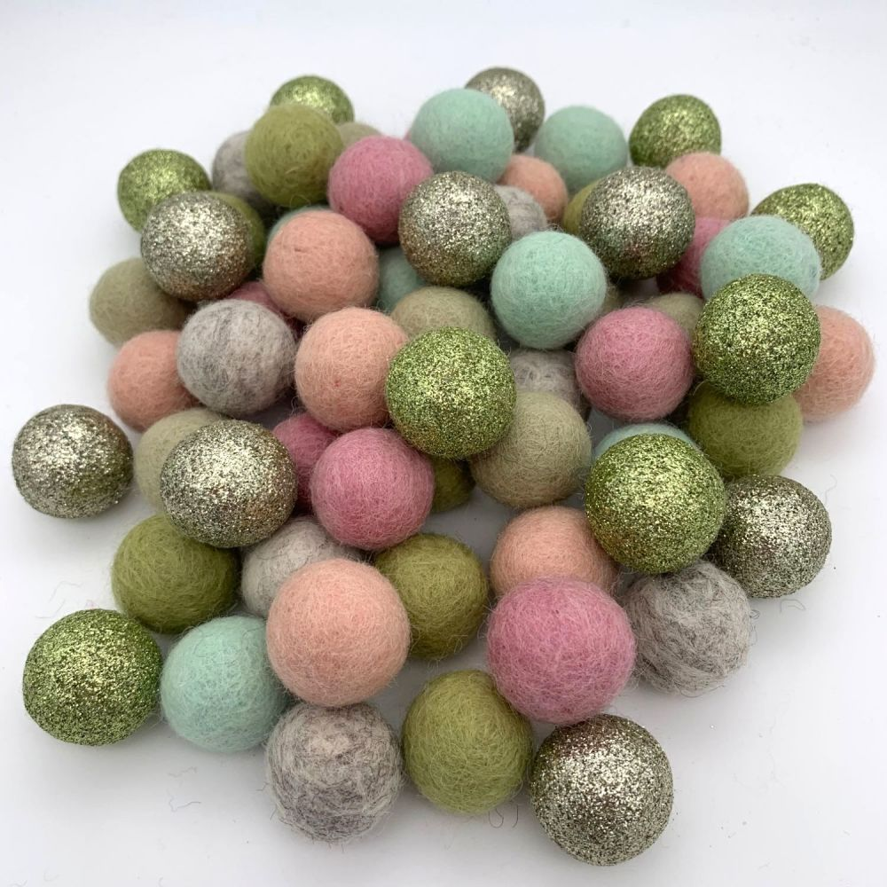 Soothing Wool Felt Balls Mix - 3 Sizes