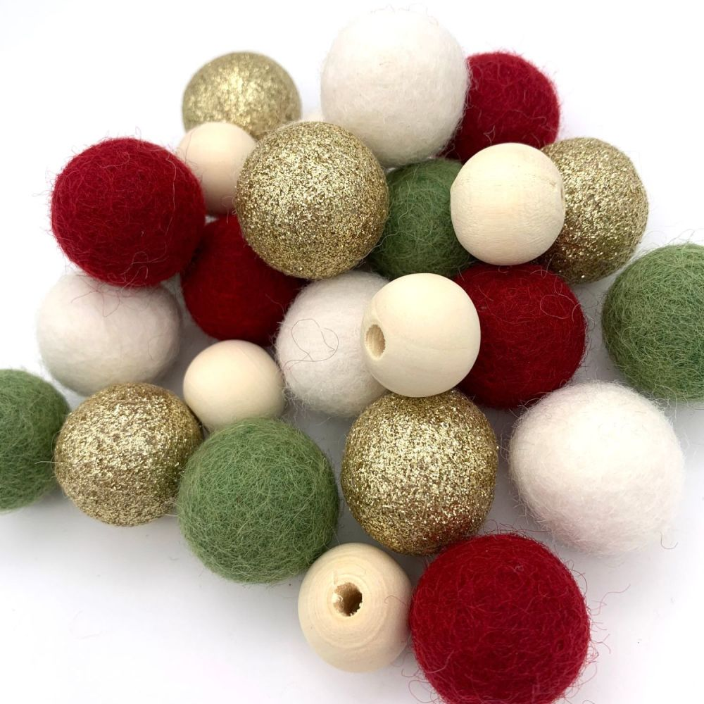 Gold Christmas Wool Felt Balls Mix / Wooden Beads