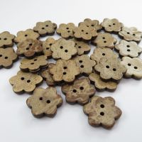 17mm 6 Petal Flower Shaped Coconut Shell Buttons - 10 pack