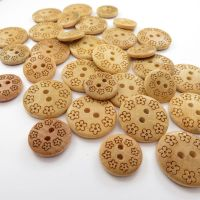Maple Wood Flower Engraved Buttons - 15mm and 20mm