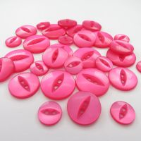 Fish Eye Buttons - Cerise