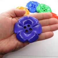 Huge 64mm Daisy Buttons - 7 colours