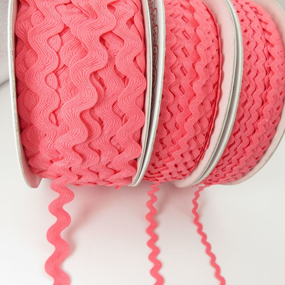 Bertie's Bows Ric Rac Ribbons - Candy Pink - 3 Sizes