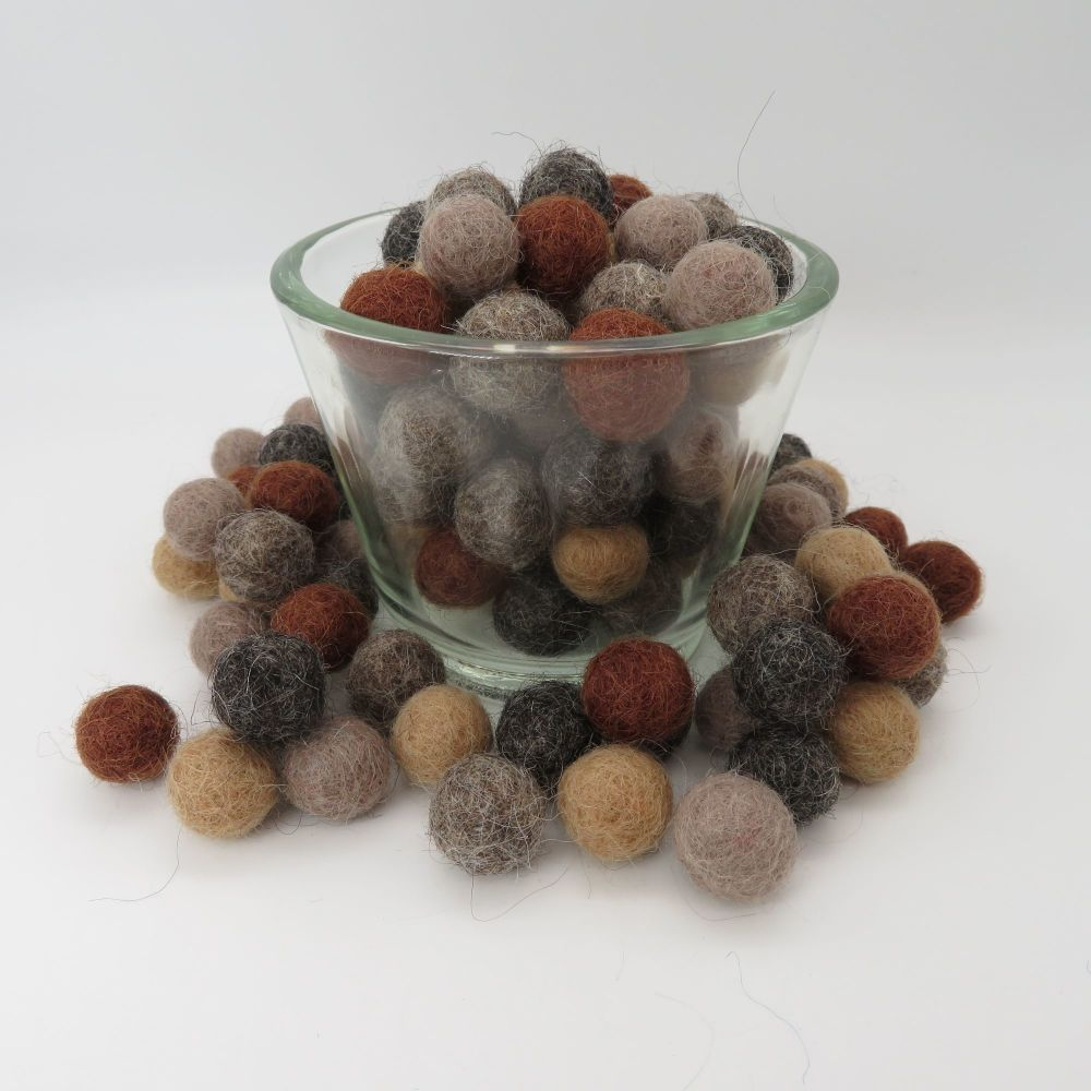 Brown Ombré Wool Felt Balls Mix - 3 Sizes