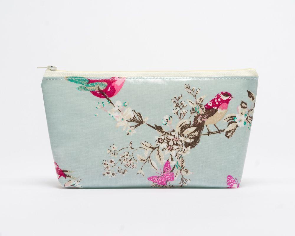 Beautiful Birds Make-Up Bag