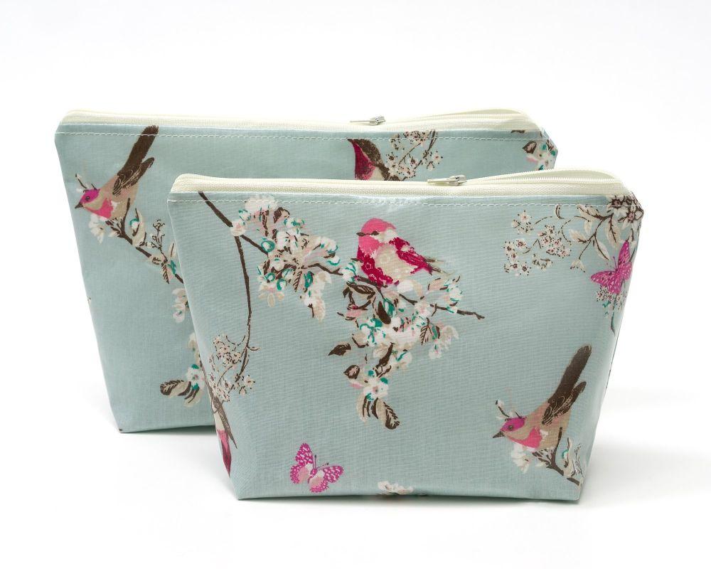 Beautiful Birds Large Cosmetic Bag Set