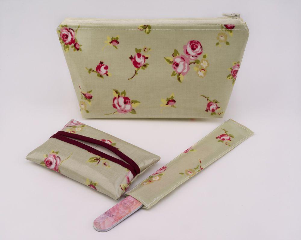Rosebud Gift Set