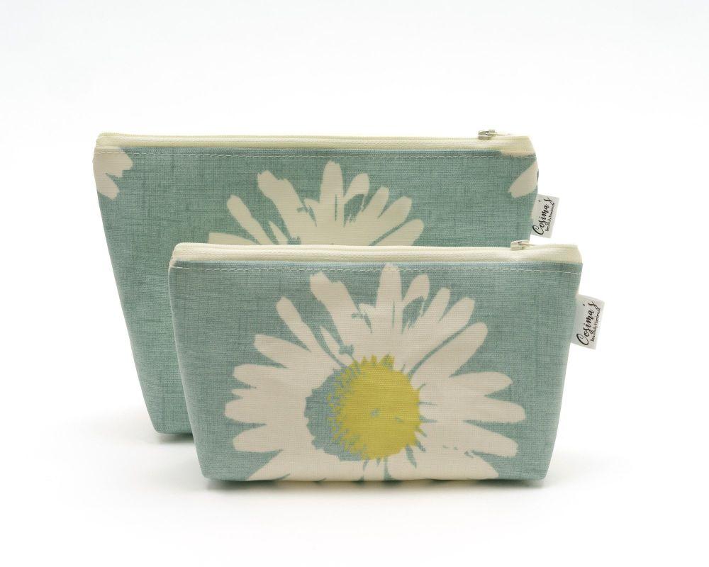 Pretty Daisy Gift Set