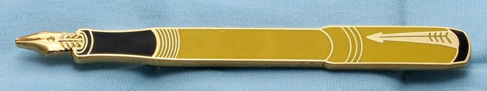Parker Duofold Mandarin Yellow Lapel Pin Badge. (S334)