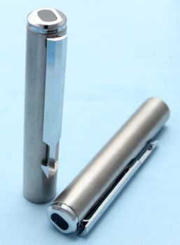 Parker Arrow Fountain Pen Cap in Brushed Stainless Steel. (S244)