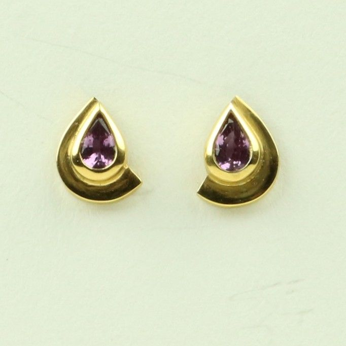 <!--003-->Gold Earrings