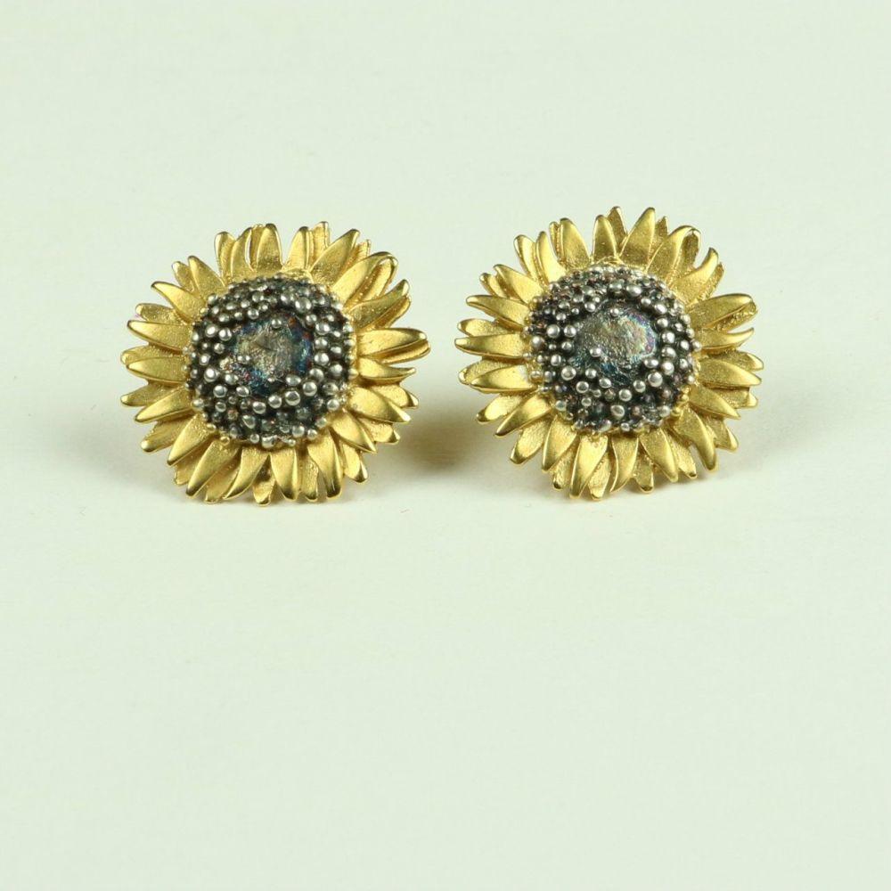 Sunflower Medium Stud Earrings