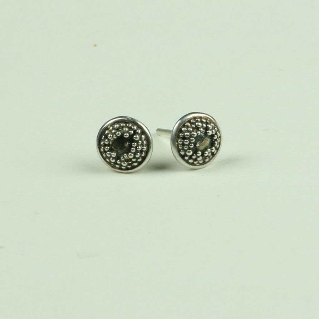 Sunflower centre stud earring