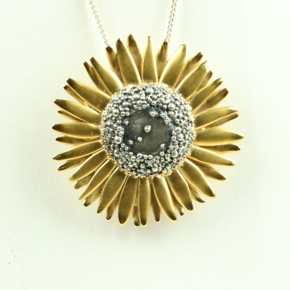 Sunflower Brooch/Pendant