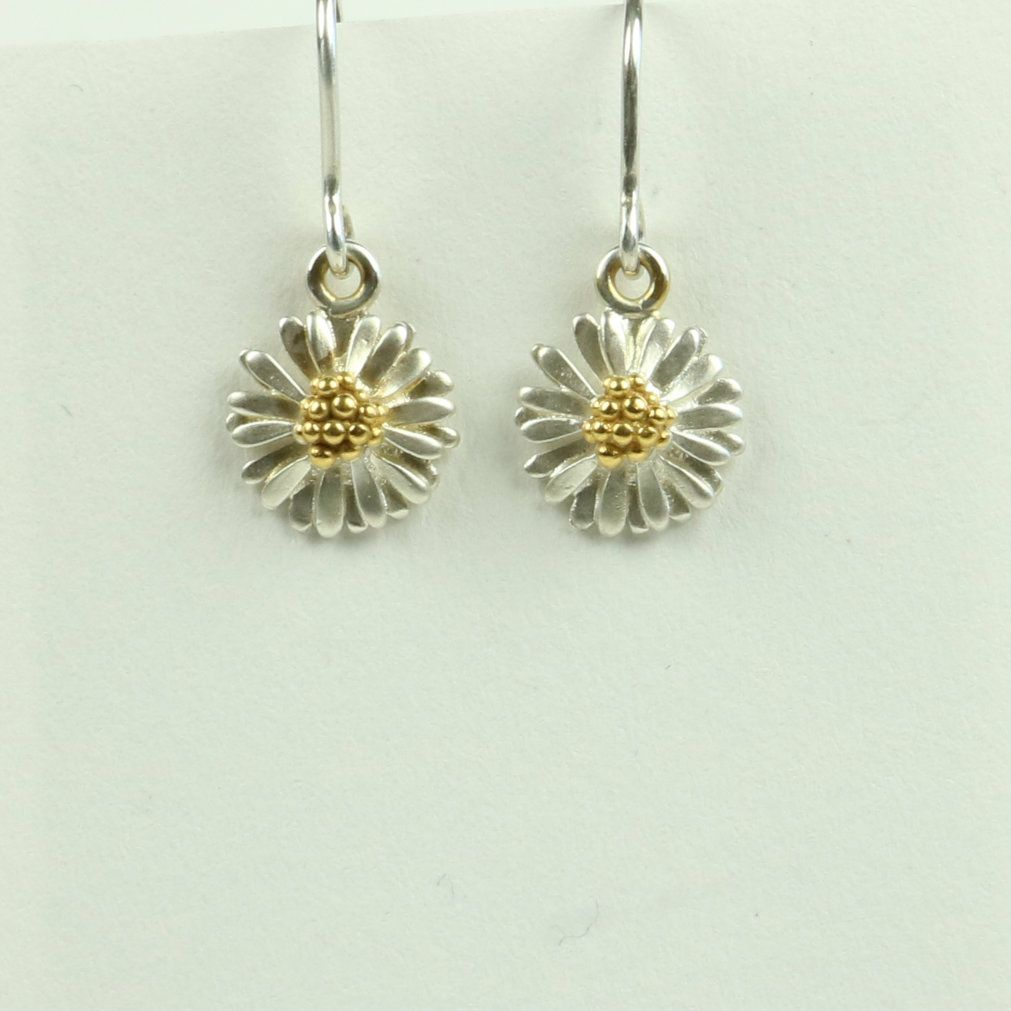 Daisy small drop earrings