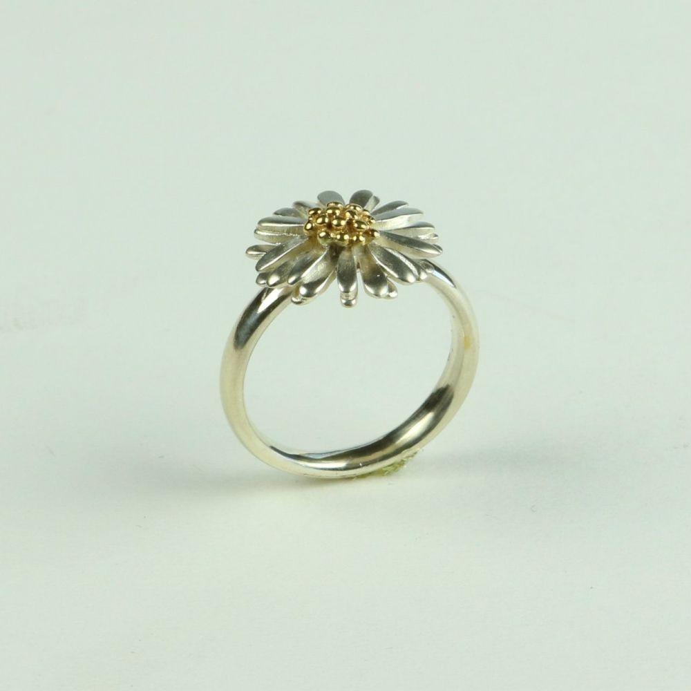 Daisy Medium Ring