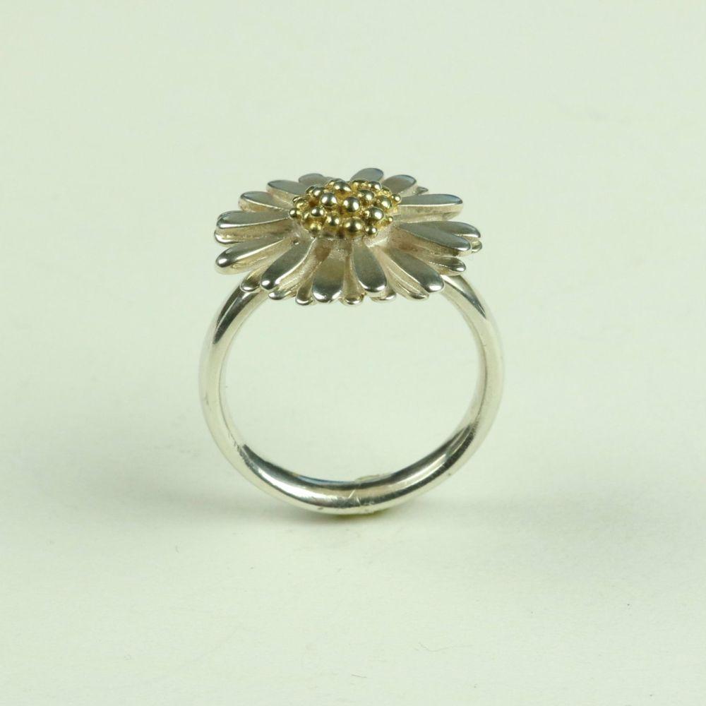 Daisy Large Ring