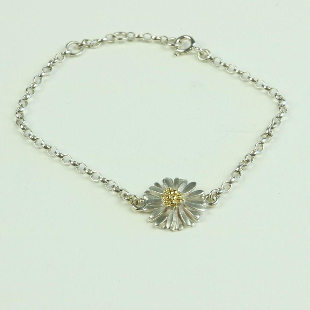 Daisy Light Bracelet with Medium Daisy
