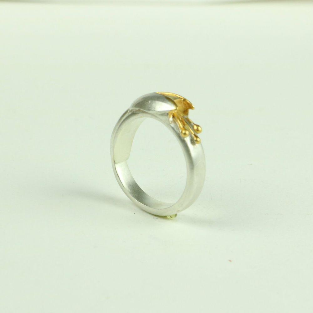 Fuchsia Ring