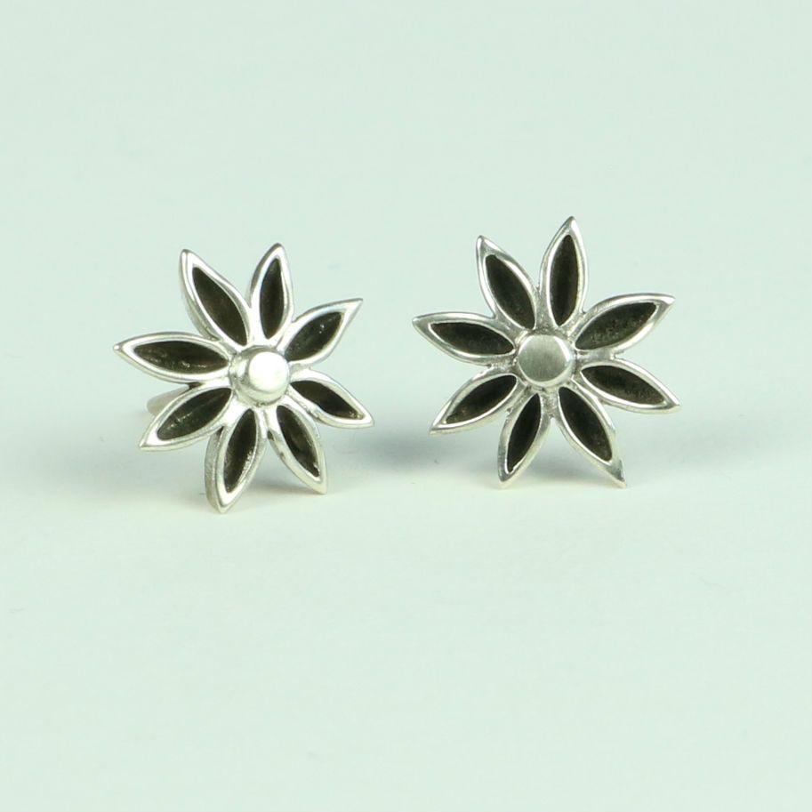 Star Anise Medium Stud Earrings AES 2OXD