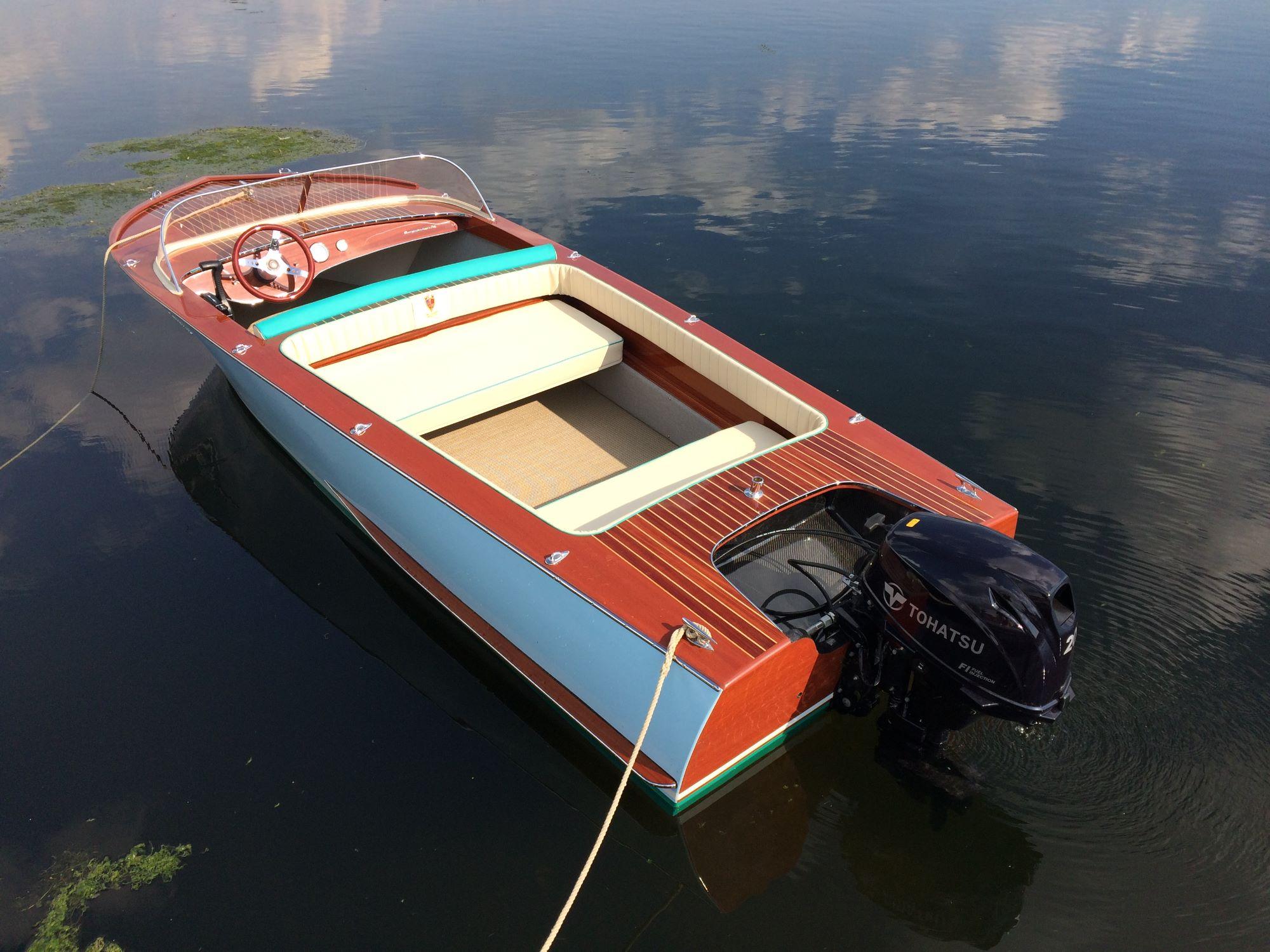 Super Azzurro boat