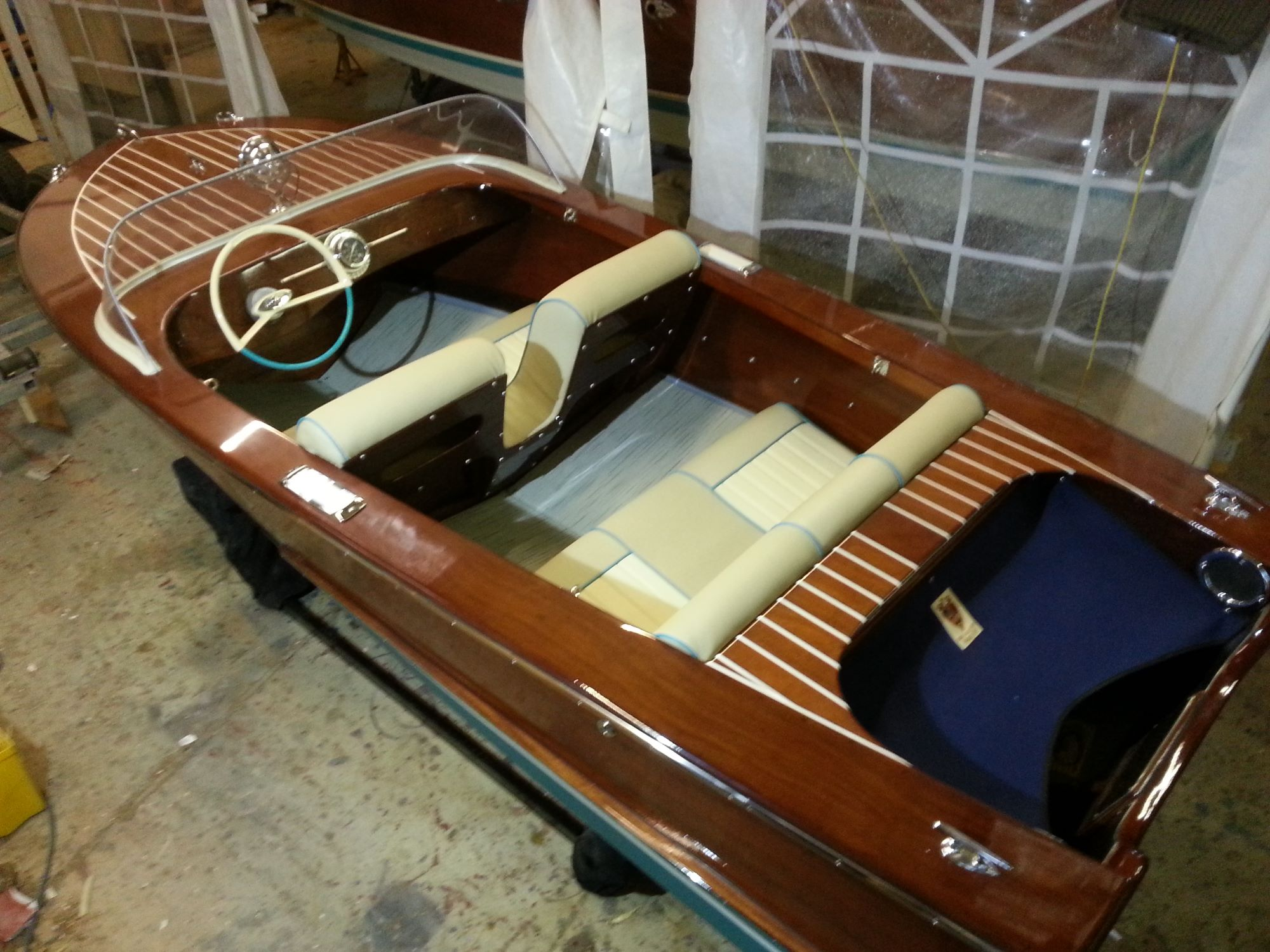 classic speed boat a broom javilin