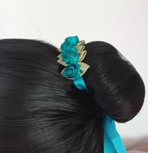 ELOWEN bunwrap in hair