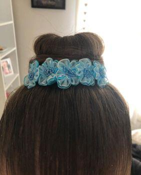 OCEAN bun wrap in hair