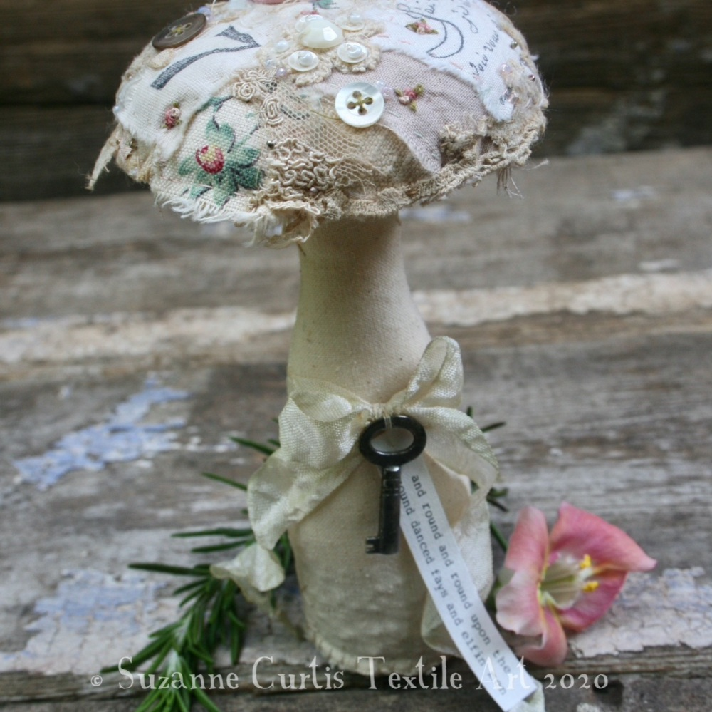 Medium Embellished Toadstool