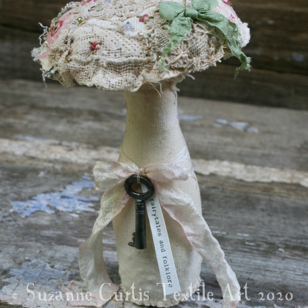 Medium Embellished Toadstool