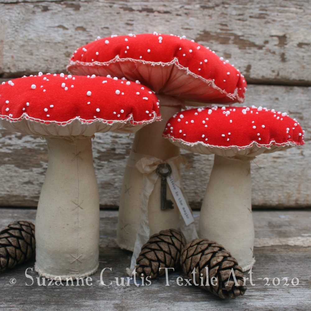 Extra large set of Fly Agaric Toadstools 07