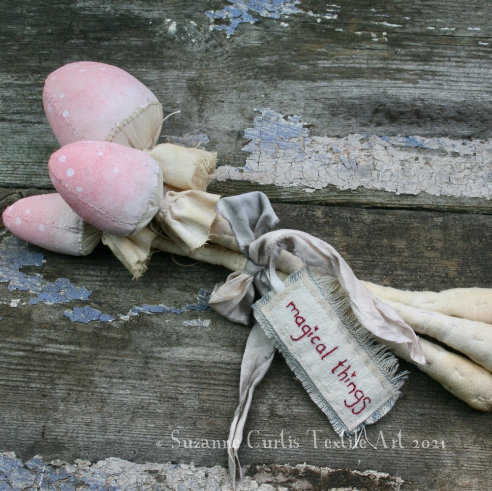 Spindly Toadstool Trio - Pink