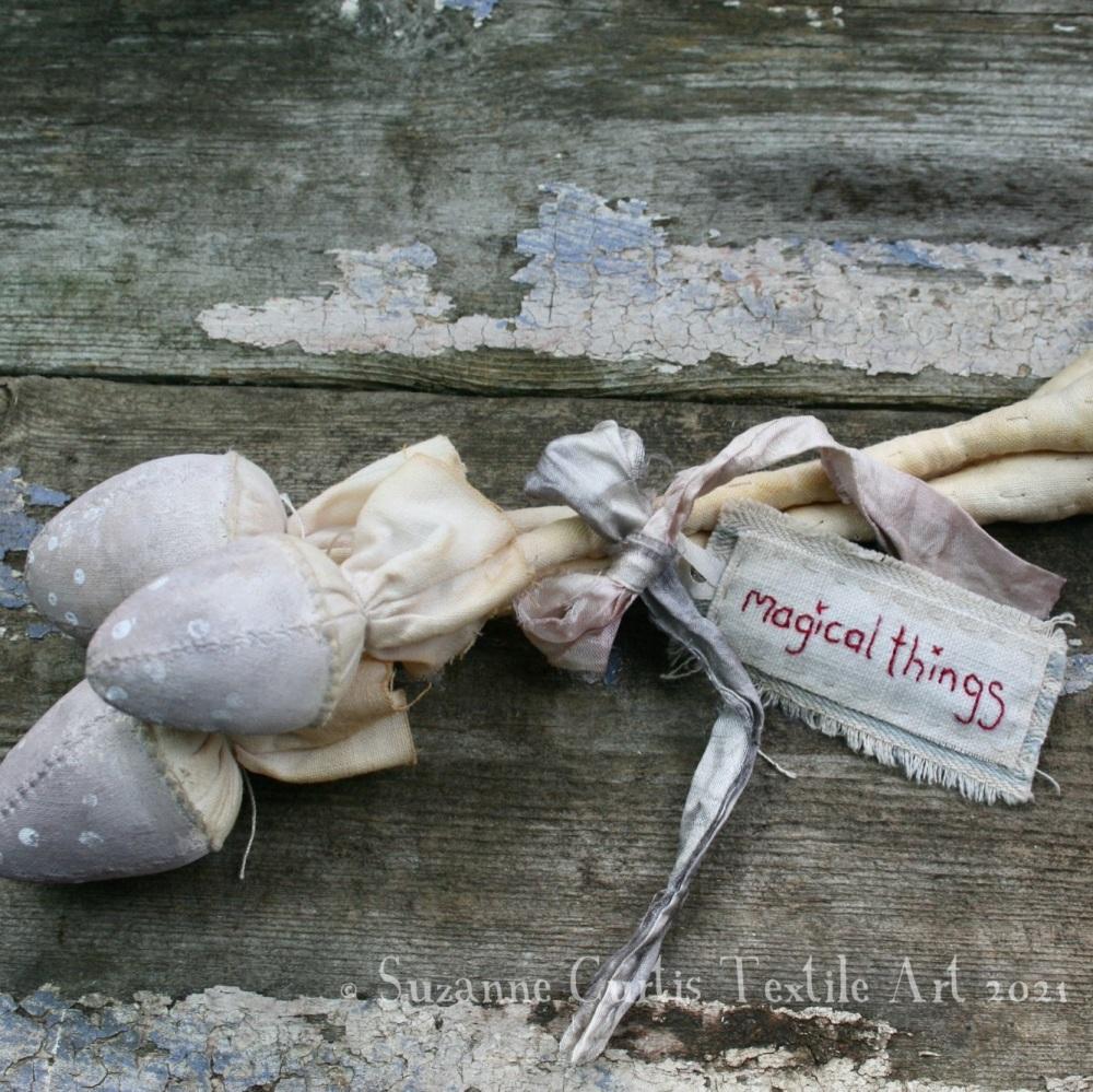 Spindly Toadstool Trio - Mushroom 16