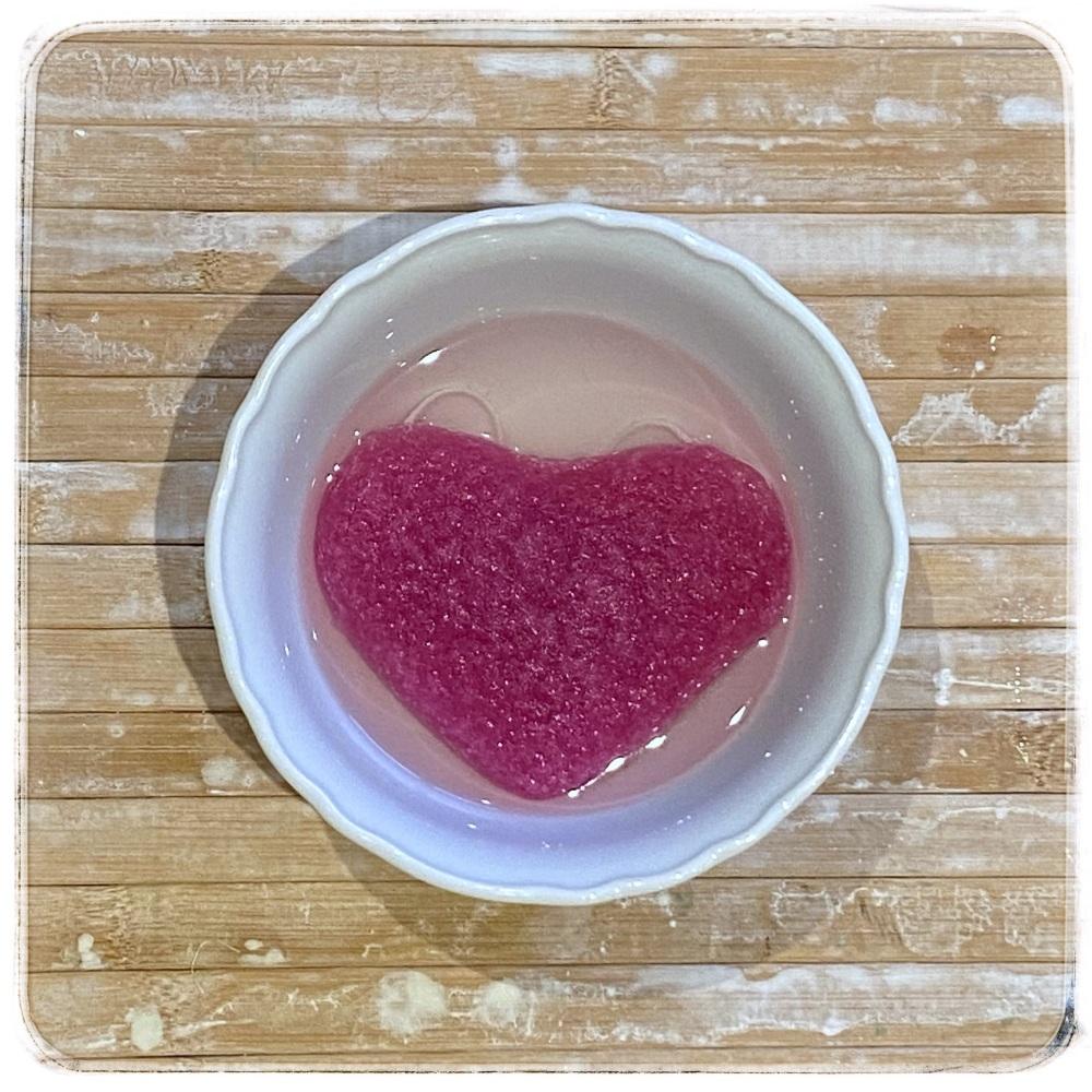 Konjac Sponge - Pink Heart