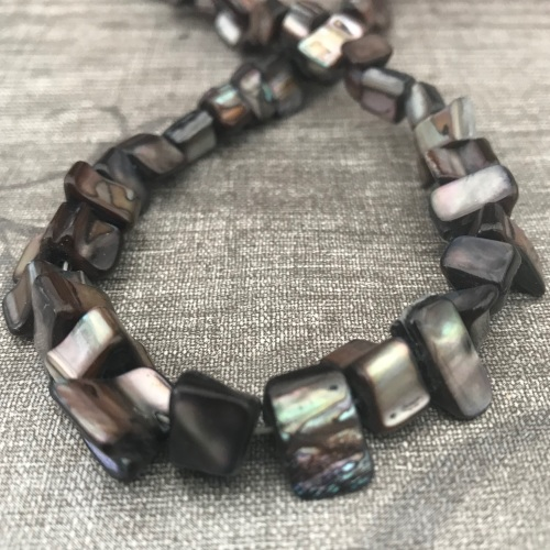 Black Shell Nuggets Strand
