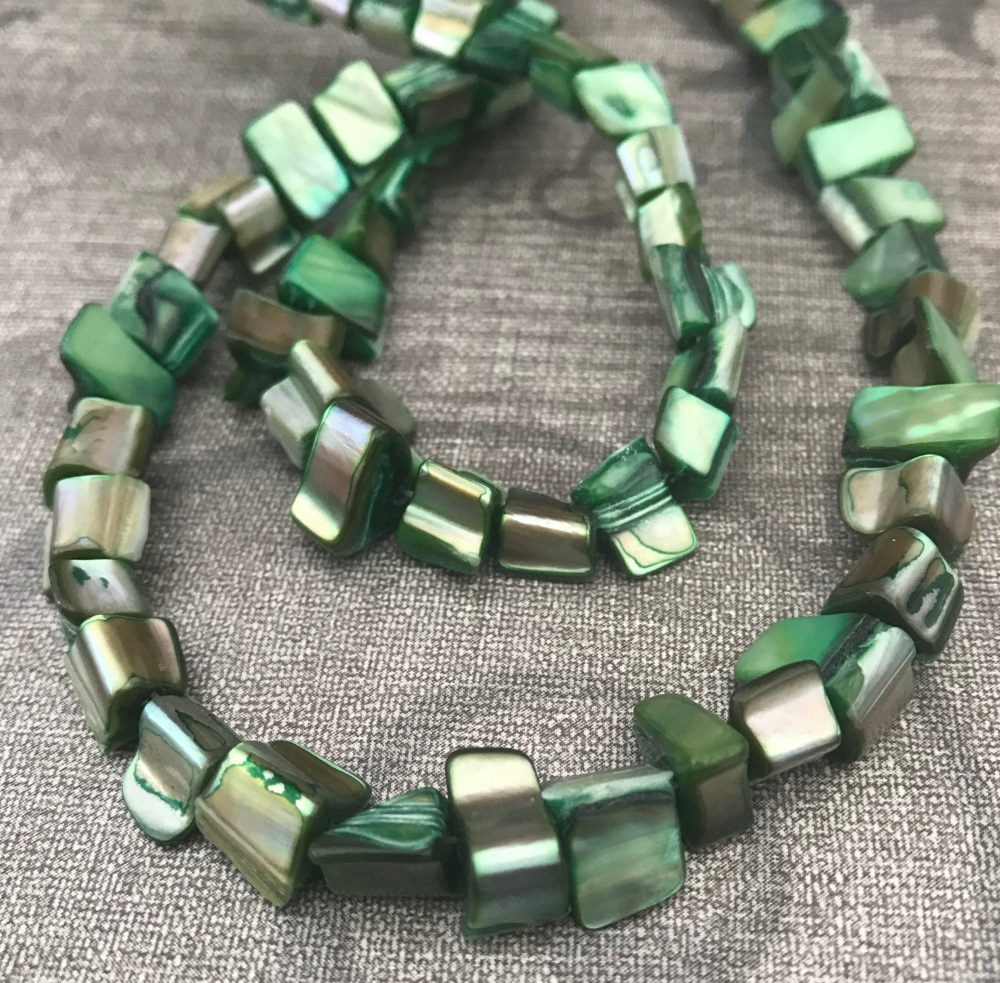 Green Shell Nuggets Strand