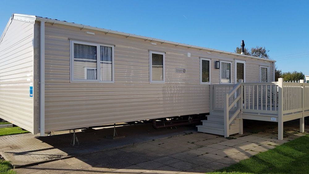 10 berth 4 bedroom caravan butlins skegness