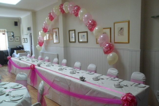 top table arch & table dressed