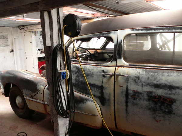 hearse august 2011 side view in workshop showing height