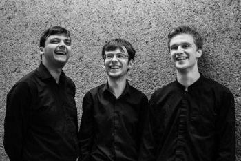 Mithras Trio web