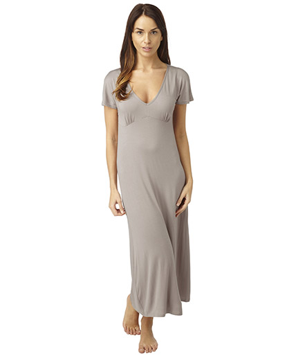 MN179BEIGE, Ladies long knitted nightdress £4.00.  pk6...