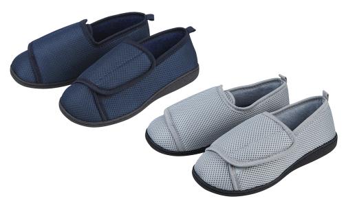 100B118, Mens plain covered slippers £3.15.  pk24...
